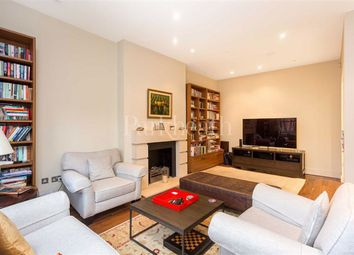 3 bed flat to rent in Kidderpore Gardens, Hampstead, London NW3