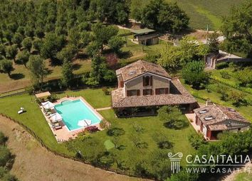 Thumbnail 6 bed villa for sale in Montottone, Marche, It