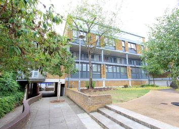 Thumbnail 3 bed flat to rent in Benedict Road, London