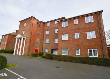 2 bed flat to rent in Winchelsea Road, Eastbourne BN22