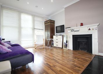 Thumbnail Studio to rent in Queens Avenue, Muswell Hill
