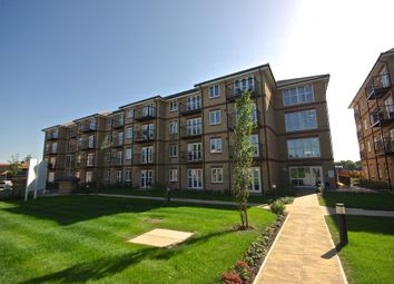 Thumbnail 1 bed flat to rent in Radcliffe House, Worcester Close, London