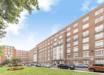 Finchley Road, London NW8. 2 bed flat