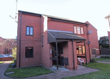 Thumbnail 2 bed flat to rent in Euston Road, Great Yarmouth