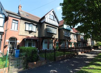 Thumbnail 6 bed property for sale in Victoria Avenue, Princes Avenue, Hull
