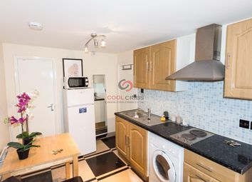 Thumbnail Studio to rent in Leinster Gardens, Bayswater