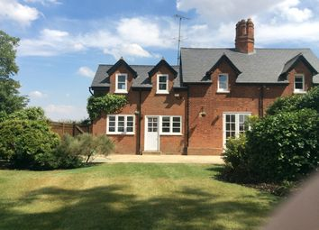 Thumbnail 3 bed cottage to rent in Bentley Heath Lane, Barnet