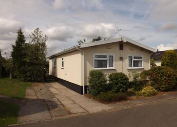 Thumbnail 2 bed mobile/park home for sale in Willow Crescent, Moss Lane, Moore, Warrington