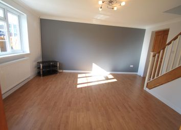 Thumbnail 3 bed property to rent in Dunsmore Road, Luton