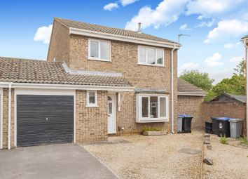 Thumbnail 4 bed detached house for sale in Oakfield Road, Carterton, Oxon