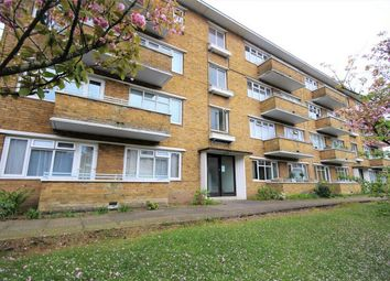 Thumbnail 2 bedroom flat for sale in Courtleigh Manor, Boscombe Spa Road, Bournemouth, Dorset