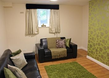 Thumbnail 5 bed flat to rent in Flat 1, 3 Victoria Road, Hyde Park