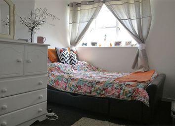 Thumbnail 2 bed flat to rent in Langleys, Basildon, Essex