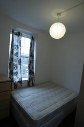 Thumbnail Room to rent in 62 H - R 3 Harmood, Kentish Town