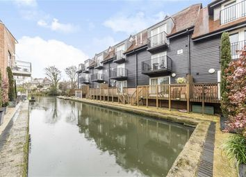Thumbnail 5 bed property to rent in Tallow Road, Brentford