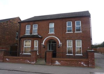 Thumbnail 2 bed flat to rent in Victoria Road, Bedford
