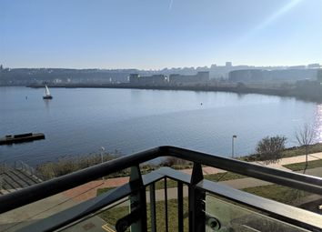 2 bed flat to rent in Davaar House, Ferry Court, Cardiff CF11