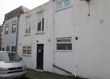 Thumbnail Studio to rent in Clarence Mews, London