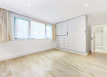 Thumbnail 3 bedroom flat to rent in Queens Court, Finchley Road