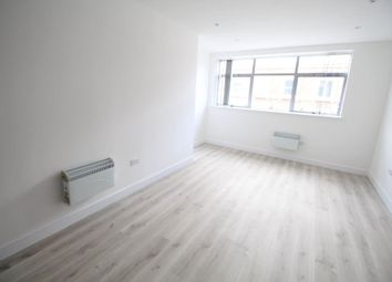 Thumbnail 2 bedroom flat to rent in King Street, Luton
