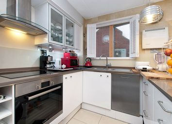 Thumbnail 1 bed property to rent in Ridgway, London