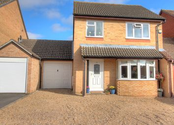 Thumbnail 3 bed detached house for sale in Pavy Close, Thatcham