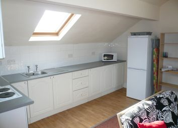 Thumbnail 1 bed flat to rent in High Road, Beeston