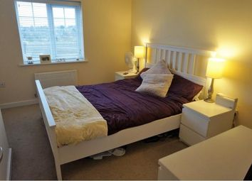 Thumbnail 2 bed flat to rent in Babington Road, London