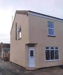 Thumbnail 1 bed flat to rent in Garfield St, Gainsborough