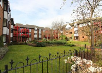 Thumbnail 2 bed flat for sale in Caversham Wharf, Waterman Place, Reading