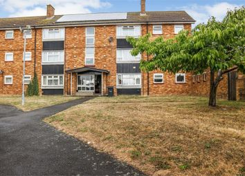 Thumbnail 2 bed flat for sale in Duncombe Close, Luton, Bedfordshire