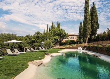 Thumbnail 11 bed villa for sale in Villa Prestigiosa, Siena, Tuscany, Italy