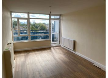 2 bed maisonette to rent in Cassland Road, London E9