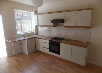 Thumbnail 2 bed property to rent in Folkestone Street, Hull