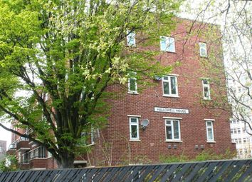 Thumbnail 4 bedroom flat to rent in Cornwallis Crescent, Portsmouth