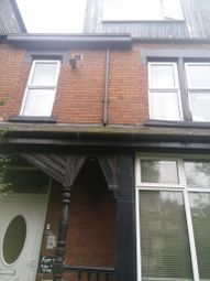 Thumbnail 2 bedroom flat to rent in Harehills Avenue, Leeds, West Yorkshire