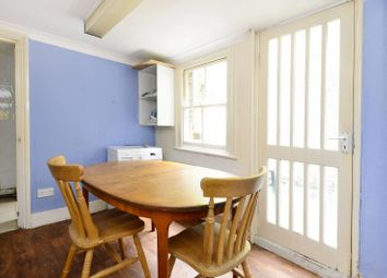 Thumbnail 6 bed flat to rent in Winthorpe Road, Putney