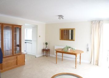 Thumbnail 2 bed flat to rent in Vicarage Court, Holden Road, Woodside Park, London