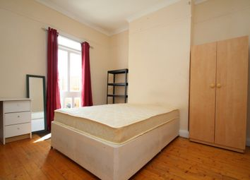 Thumbnail Room to rent in Ravenhurst Avenue, Hendon