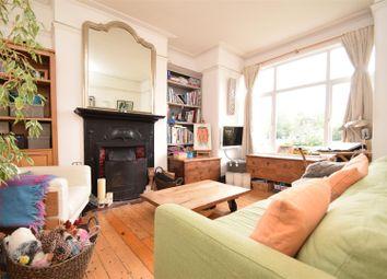 2 bed maisonette to rent in Moor Mead Road, St Margarets, Twickenham TW1