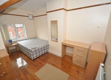 2 bed property to rent in Hessle Road, Hyde Park, Leeds LS6