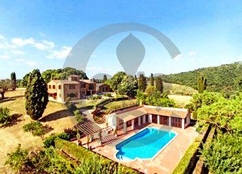 Thumbnail Farmhouse for sale in Sp15, Montepulciano, Siena, Tuscany, Italy
