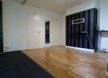 Thumbnail Studio to rent in Deans Close, London