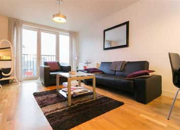 Thumbnail 1 bed flat to rent in Queensbridge Road, Shoreditch, London