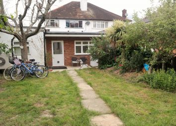 1 bed flat to rent in Crundale Avenue, London NW9