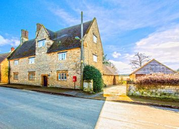 Thumbnail 5 bed cottage to rent in Cross Tree Road, Wicken, Milton Keynes