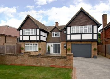 Thumbnail 5 bed detached house to rent in Mizen Close, Cobham