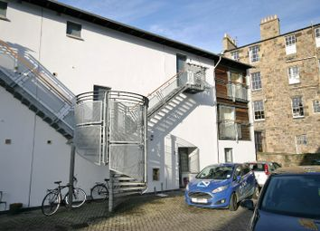 Thumbnail 2 bed flat to rent in Dublin Street Lane North, New Town, Edinburgh