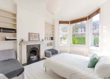 Bathurst Gardens, Kensal Rise, London NW10. 2 bed flat