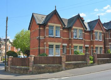 Thumbnail 2 bedroom flat to rent in 31 Mill Hill Road, Cowes